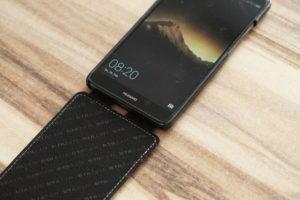 Huawei Hülle aufgeklappt