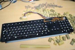 Amiga 500 Tastatur zerlegen