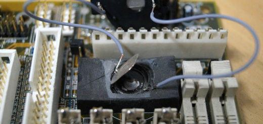 modifizierte Batteriehalterung
