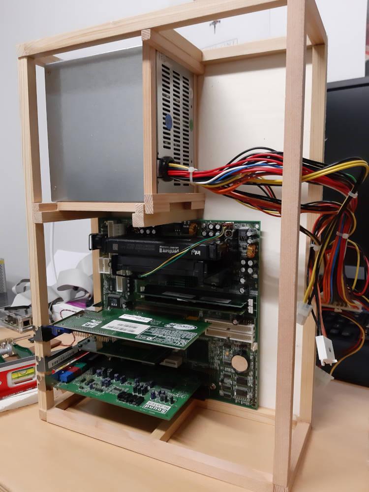 PC Netzteil Befestigung vertikal