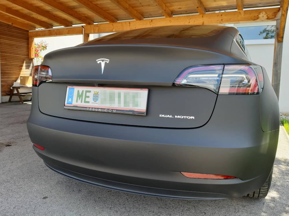 Tesla foliert hinten